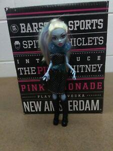 Mattel-Monster-High-Doll-Abbey-Bominable-2010