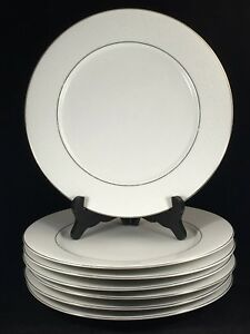 DYN4-by-Dynasty-China-10-1-2-034-Dinner-Plates-White-Flowers-Set-of-7