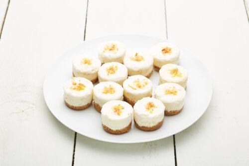 Master Class Professional 20 Hole Mini Muffin Cake Tin Loose Bottom Non Stick