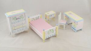 Bed-Room-Child-039-s-Set-painted-dollhouse-furniture-1-12-scale-EMWF488-5pc