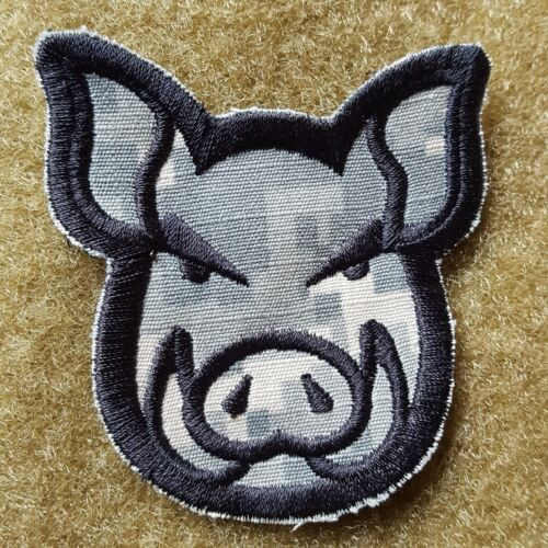 PIG HEAD WILDSAU TACTICAL MORALE AUFNÄHER KLETT PATCH AIRSOFT ACU UCP NEU