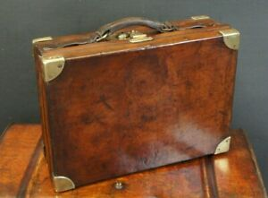 Beautiful-Quality-English-Antique-Leather-amp-Brass-Cartridge-Case