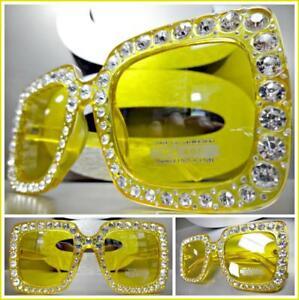 Occhiali verdi stile anni 50 con lenti gialle