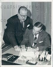 1939 Author H H Van Loan With Carl F Sutton Suttonhouse Ltd London Press Photo