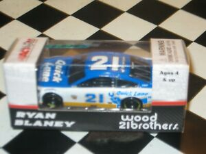 Ryan Blaney 2017 Quick Lane #21 Wood Brothers Ford Fusion 1//64 NASCAR Diecast