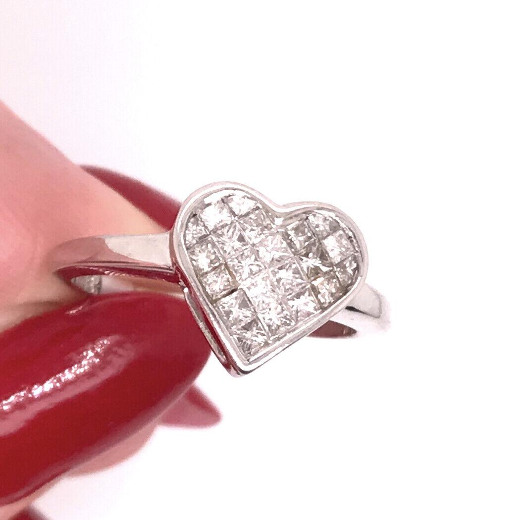 0.50ct Princess Cut Heart Shaped Diamond Ring in 18k White gold