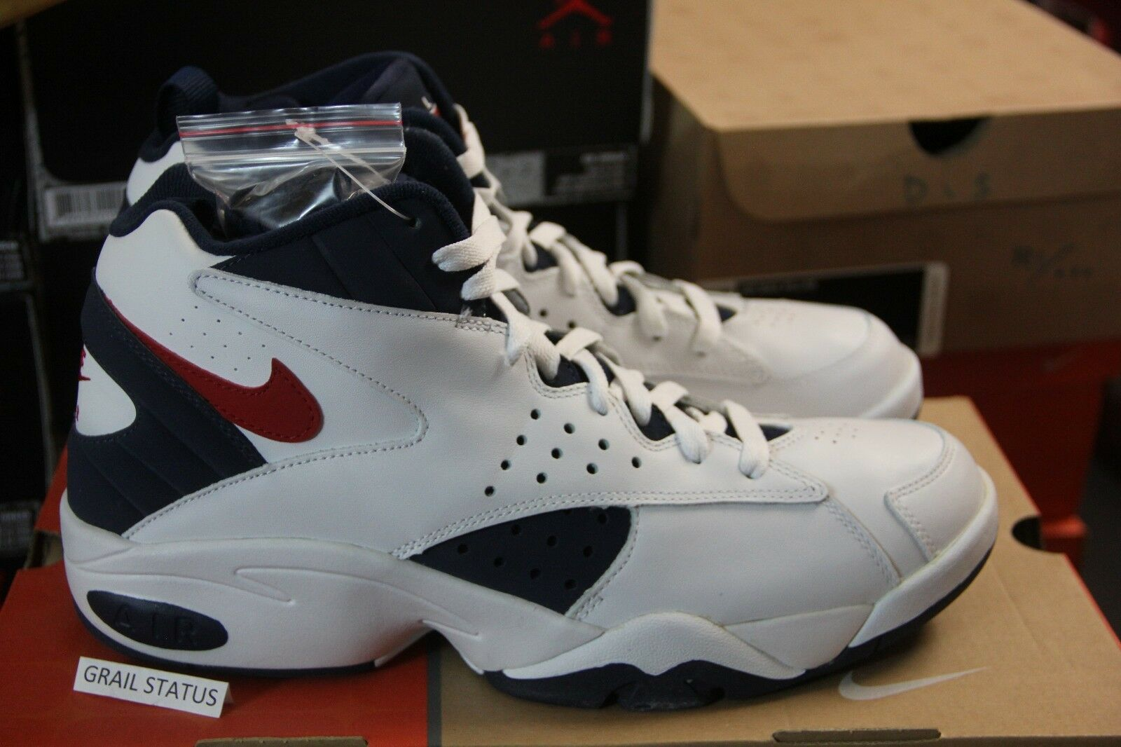 NEW 2004 Nike Air Maestro Pippen Olympic USA KITH 310269-161 men size 9-12