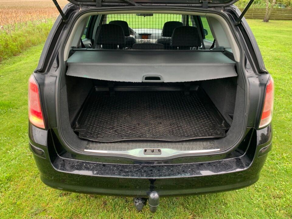 Opel Astra 1,6 16V Edition Wagon Benzin modelår 2007 km