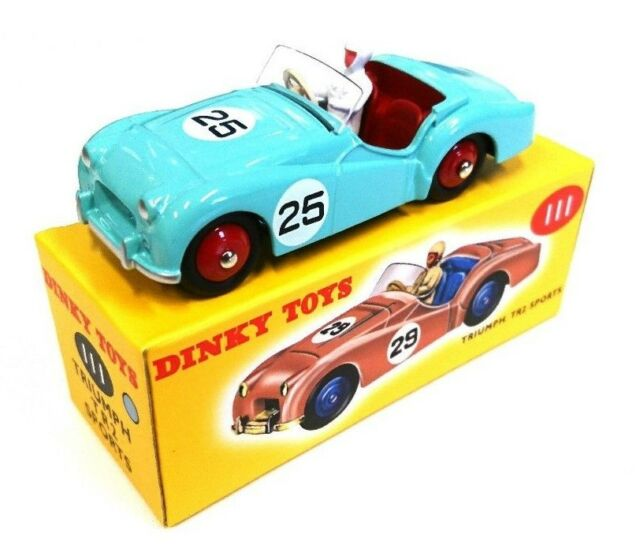 1:43 SCALE Dinky Toys TRIUMPH TR2 by Deagostini
