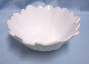 """CANDY DISH Vintage Unique Flower Petal Shape Nut Bowl Milk White  7"""" w x 3"""" Tall"""