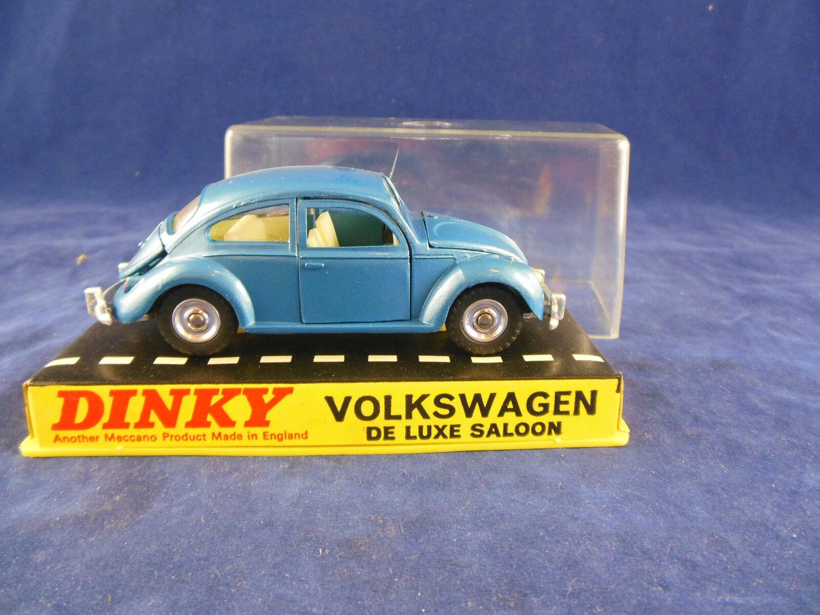 Dinky toys 129 Volkswagen Beetle De Luxe saloon in bluee original and mint