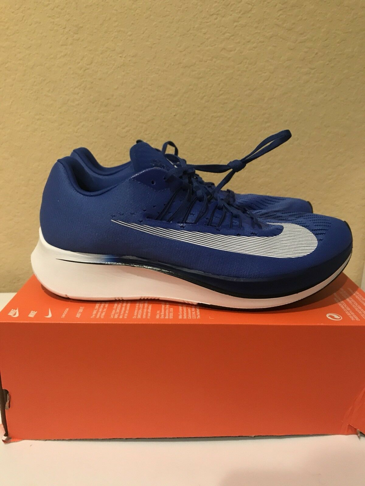 SALE NIKE ZOOM FLY Price reduction The latest discount shoes for men and women