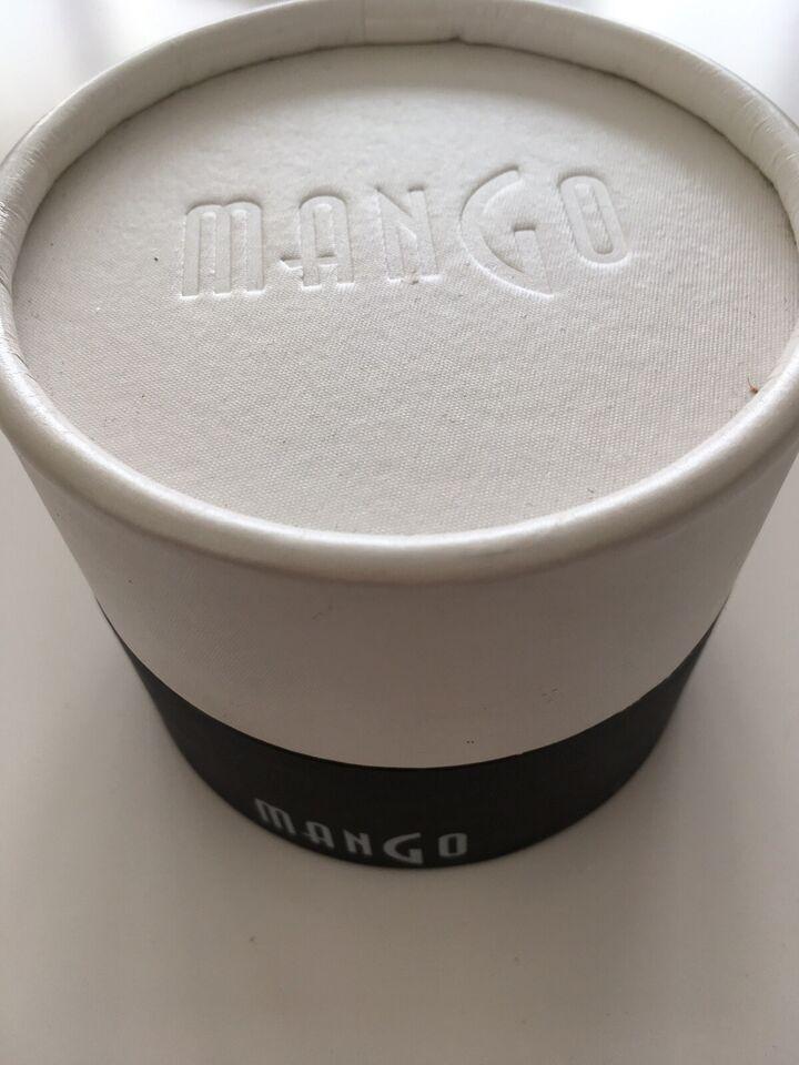 Dameur, Mango