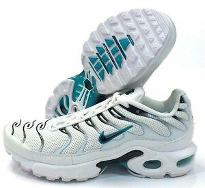 Nike Air Max Plus Premium Sneaker | 848891 100 | Sneaker