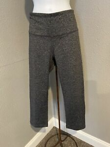 Old Navy Women's Crop GO-DRY Compression Leggings Size Large Heather Black A18