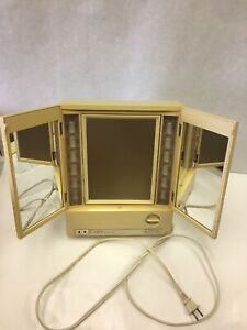 Clairol True To Light Deluxe Lighted Make Up Mirror Lm 8 4