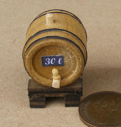 Escala 1:12 Pequeño De Madera 30L barril de cerveza sobre un soporte tumdee Dolls House Pub H