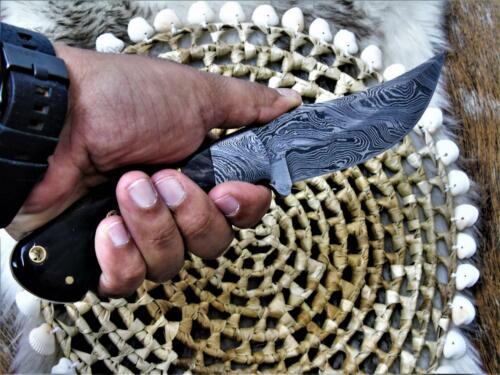 Damassé Couteau très beau Main Forgé damassé chasse couteau 4177