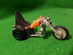 1970-s-Hot-Wheels-RRRumblers-3-Squealer-orange-And-Black-Motorcycle-trike