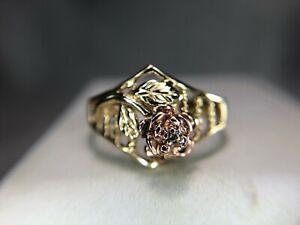 Vintage-10k-Yellow-Rose-Gold-Flower-Round-Diamond-Ring
