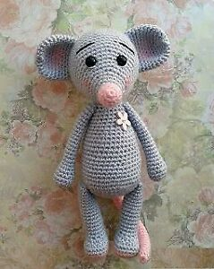 Mouse Bookmark Amigurumi | World Of Amigurumi - YouTube | 300x239