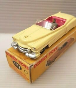 Vintage Dinky Toys 131 Cadillac Tourer (1956-59) near mint in Original box