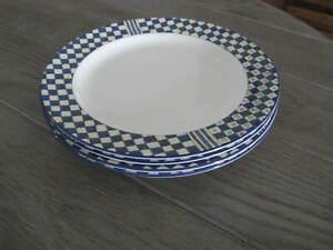 4-Wedgwood-England-Bone-China-SAMURAI-Pattern-Accent-Salad-Dessert-Plates