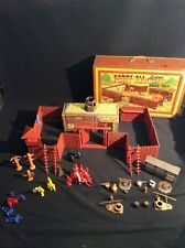 1968 MARX Fort Apache Carry-All Play set Tin #4685 Near Complete in C-8 Case!