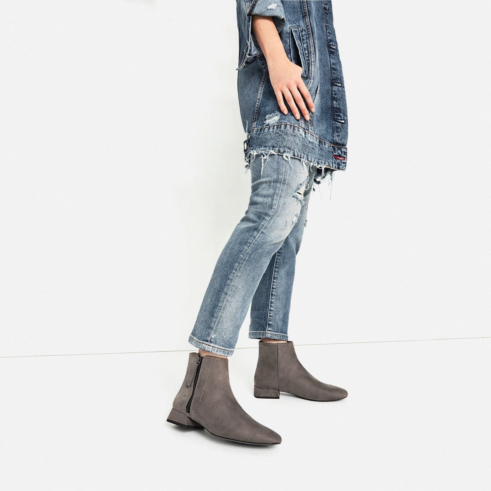 ZARA Woman BNWT Authentic Grey Flat Ankle Boots With Zip Ref. 6156 101