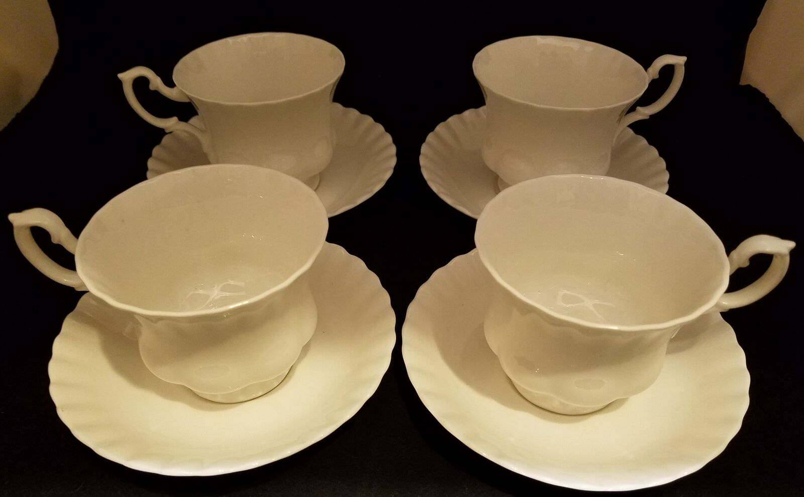 Beautiful Royal Albert Reverie 4 Cups & Saucers - FREE SHIPPING