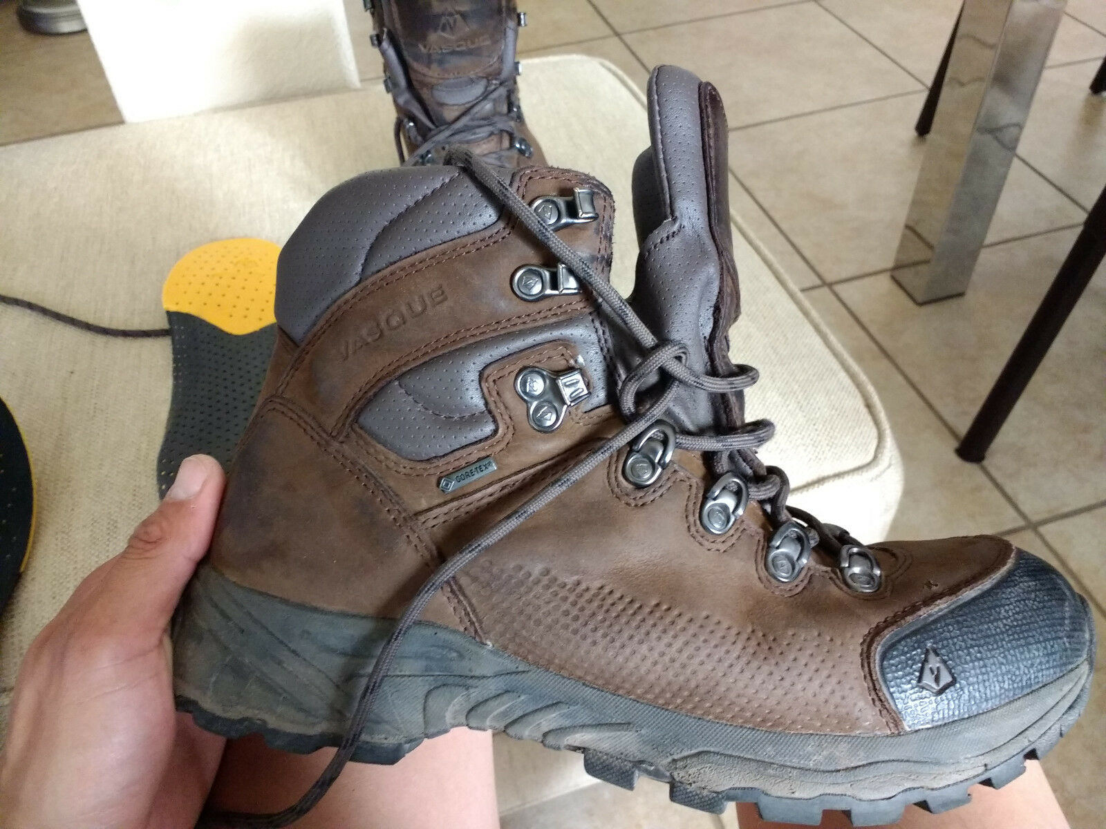 Vasque St. Elias GTX Hiking Boots - 9M - Excellent used condition