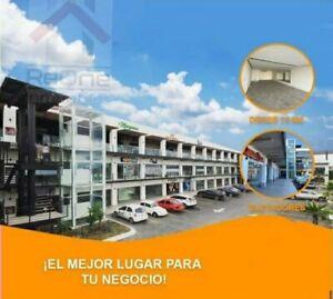 RENTA de LOCAL COMERCIAL en PLAZA COMERCIAL PASEO ESCOBEDO Nuevo Leon
