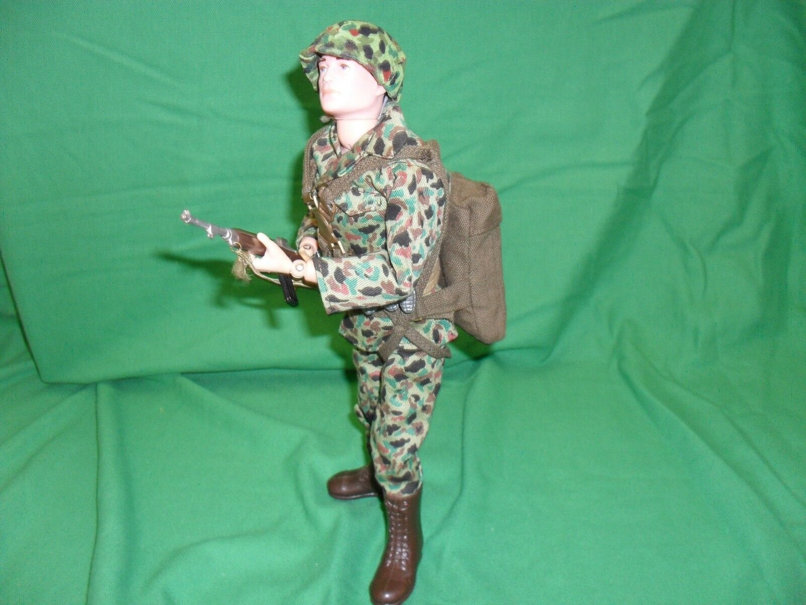 VINTAGE ACTION MAN U S PARATROOPER 1966 1ST ISSUE