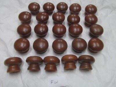 25 FACTORY NEW MAPLE FINISHED WOOD CABINET KNOBS PULLS FLAT ROUND  NF