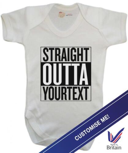 """Drôle Bébé Gilet//Baby Body-Personnalisé Straight Outta /""""votre texte/"""""""