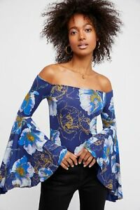 af2a061c22883 Free People Off The Shoulder Bell Sleeve Blouse Top Sz XS Navy Print ...