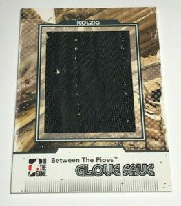 Olaf-Kolzig-30-Glove-Save-Black-Insert-Parallel-Hockey-Card-Capitals-Jersey