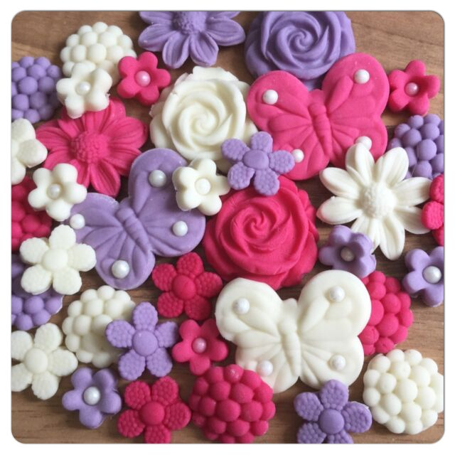36 EDIBLE FLOWERS BUTTERFLIES Pink Lilac Ivory  Cake Cupcake Toppers Decorations