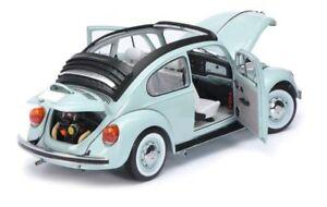 VW-Beetle-sol-techo-panoramico-azul-palido-1-18-Schuco