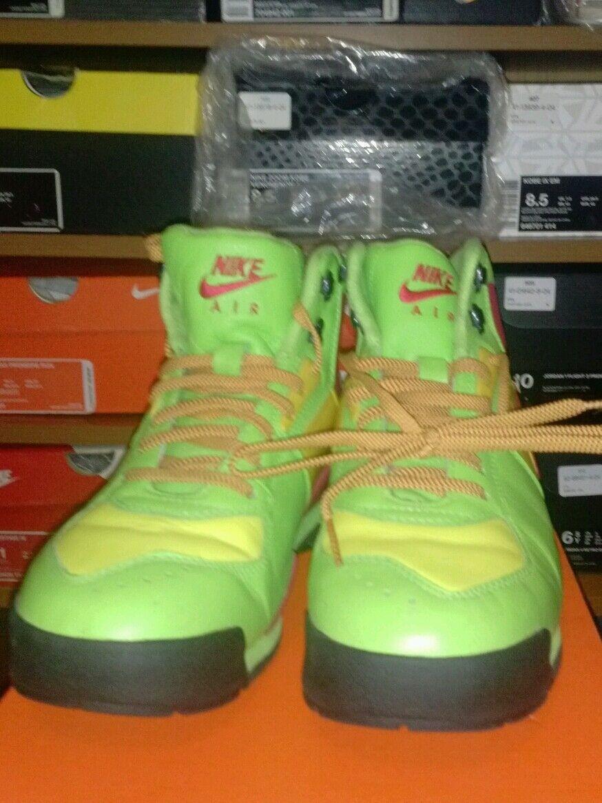 fbbe9c49a888 Nike ACG Beltoro Green Yellow Yellow Yellow Boots Shoes Mens 8.5 58ed59