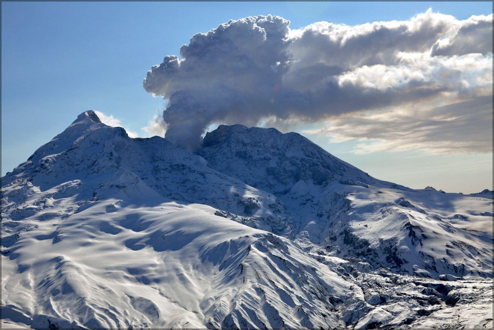 Poster, Many Größes; Eruption Of Mt rotoubt, Alaska