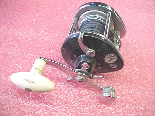 FF5 Vintage RARE 923C True Temper USA casting fishing reel good