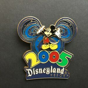 DLR-Disneyland-2005-Collection-Mickey-Mouse-Disney-Pin-35428