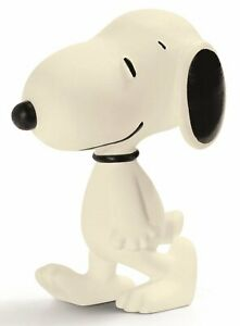 Schleich-Peanuts-Snoopy-Walking-Figure-Made-in-Germany-New-SHIPS-SAME-DAY