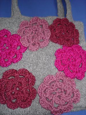 Umhänge-Filztasche grau mit rot-pinken Blumen