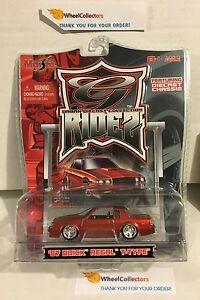 039-87-Buick-Regal-T-Type-Orange-Maisto-G-Ridez-H139
