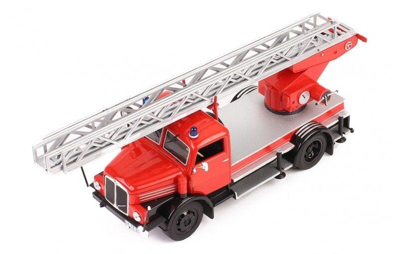 Camion Pompier  IFA S4000 DL grande échelle - 1962  Ixo 1 43