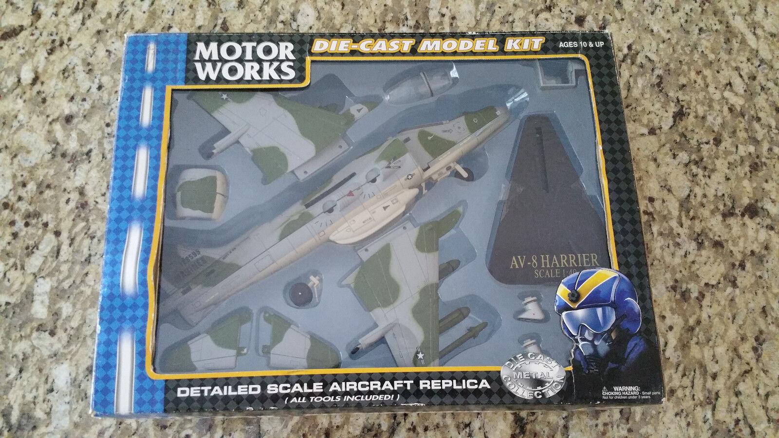 Motor Works AV-8 Harrier 1 40 Diecast Model Kit  88200 - New - Collector