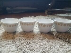 Vintage-Corelle-by-Corning-Butterfly-Gold-Coffee-Tea-Cups-Livingware-Set-Of-4