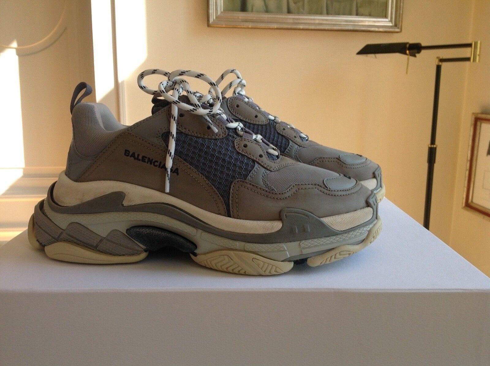 Balenciaga Triple S scarpe da ginnastica 42 grigio